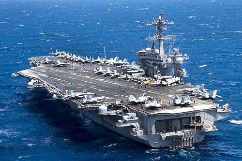 tau-san-bay-USS Carl Vinson-1
