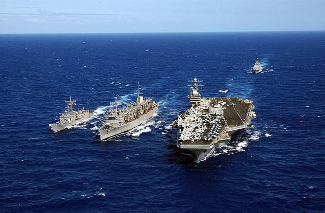 tau-san-bay-USS Carl Vinson-3